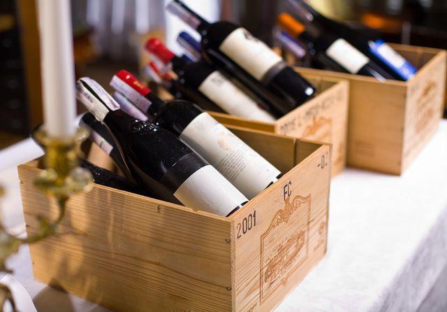 Оптимальная влажность для хранения вина — 60–80 %