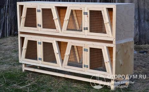 Домики для кроликов, оборудованные по чертежам Золотухина